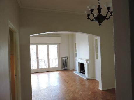 Solida Contruccion 3 Dormitorios, Escritorio, 220mtrs