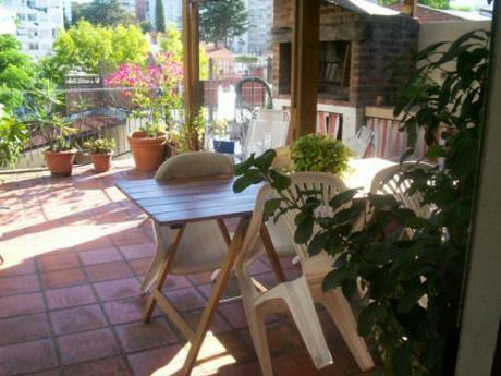 1º Por Escalera, Duplex Con Hermosa Terraza Con Parrillero, Si Banco