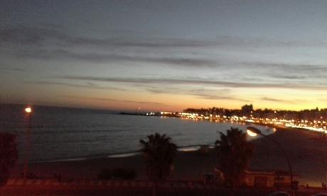 Espectacular Vista Al Mar Y Atardecer
