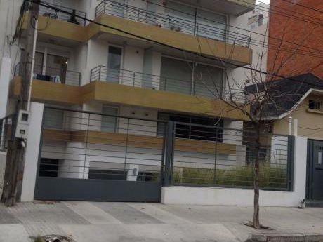 Estrene Ya, Sin Gastos De Conexion Y Con Gge. Terraza De 24 M2 A Metros De Rbla.