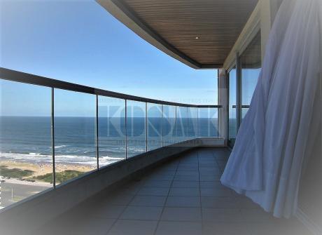 Kosak Punta Deleste Brava Premium Al Mar Apart 3dorm Y Serv, Gje X 2