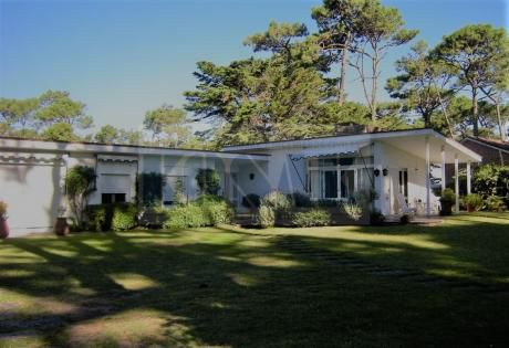 Kosak Punta San Rafael, Casa 5 Dorm  Zona Residencial X Exc/ Colegios Clubes