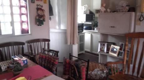 Apartamento En Planta Bajaen El Buceo. Complejo Ch 99
