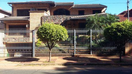 Propietario Vende Casa Amoblada Zona Mburucya