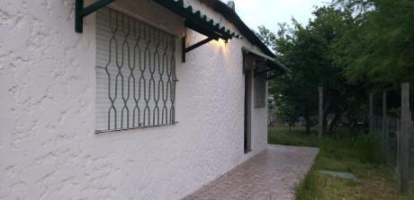 Casa 1 Dorm Reciclada A Nuevo En Solymar