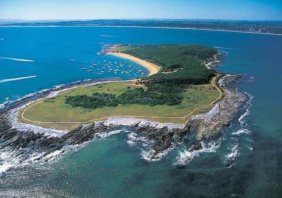 isla-gorriti-vista-aerea.jpg