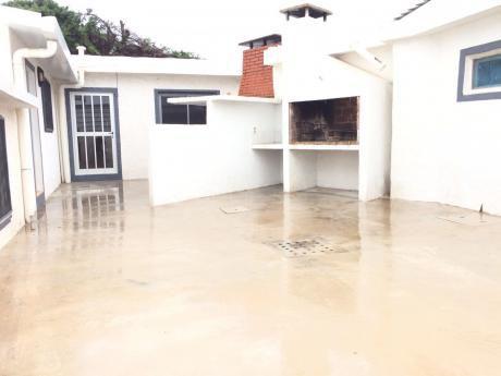 Casa En Pinares Calle Cambara.. 3 Dorm