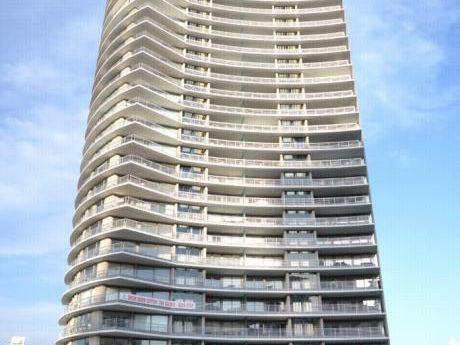 Apartamento 3 Dormitorios Alexander Bulevar
