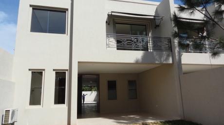 Alquilo Casa Pareada Zona Santa Teresa