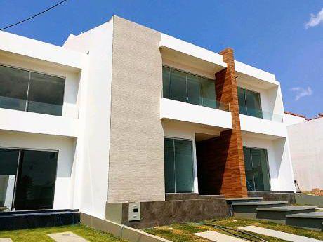 Amplia Y Hermosa Casa A Estrenar!