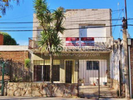 Sólida Construcción A Reciclar, 3 Dorm 2 Baños, Garaje, Patio C/ Parrillero.