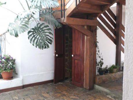 Achumani Alquilo Casa
