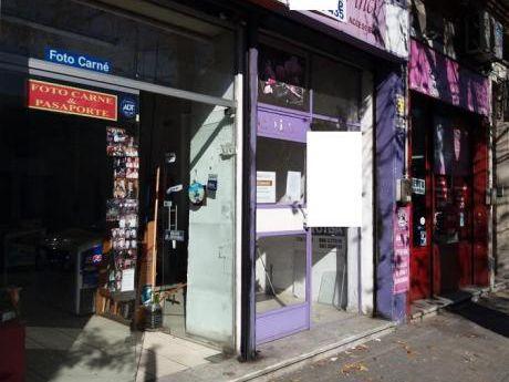 Amplio Local Comercial - Excelente Ubicación