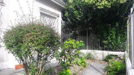 Exclusiva Y Hermosa Casa Tabaré A Mts De Rbla.