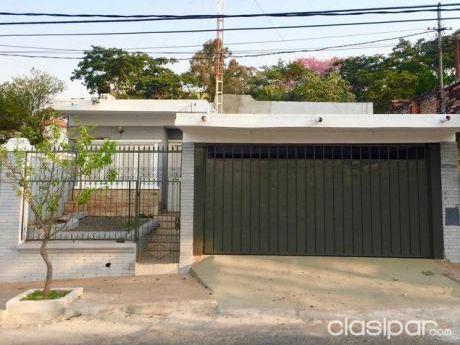 Vendo Hermosa  Residencia A Una Cuadra Colegio San Ignacio De Loyola