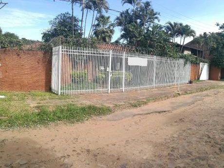 Mburucuya-casa Con 690 M2 De Terreno!380.000$