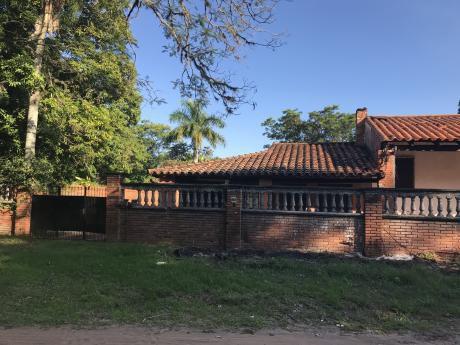 Hermosa Casa En Areguá