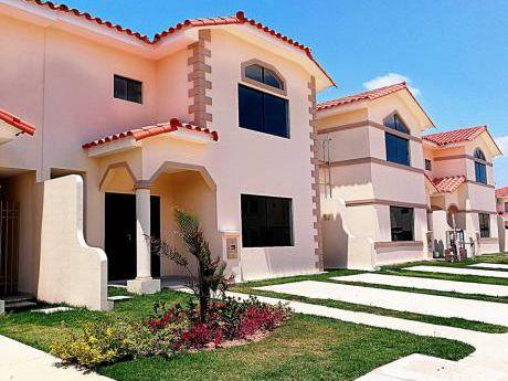 Hermosa Casa En Anticretico. Con Opcion A Compra