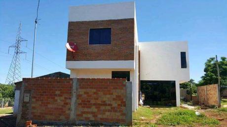 Casa En Venta - B° San Blas - Ciudad Del Este