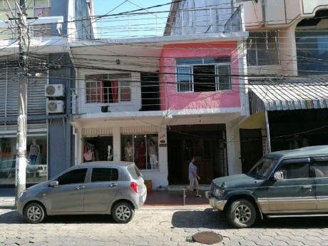 Edificio En Las 7 Calle
