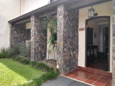 Vendo Bella Casa En Villa Aurelia
