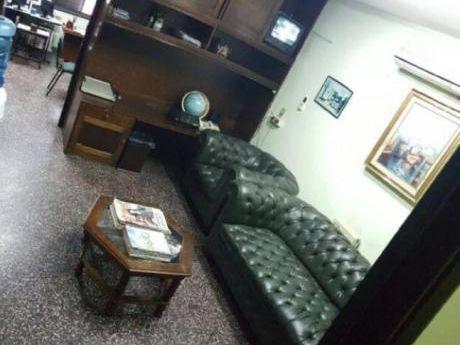Vendo Departamento De 4 Ambientes En El Centro !!!