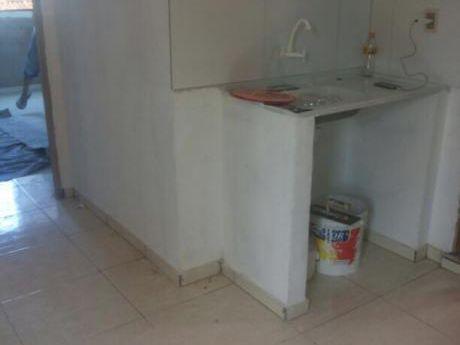 Alquilo Departamentos Kit Net Con Luz Y Agua Incluido En Franco!!