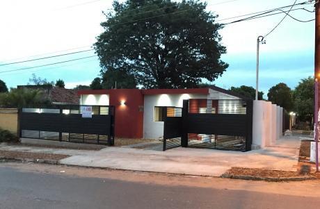 Oferta Casa En Lambare A Estrenar En Esquina