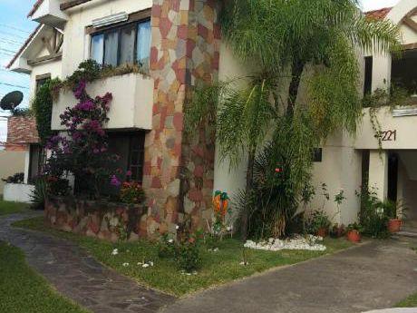 Linda Casa Zona Norte