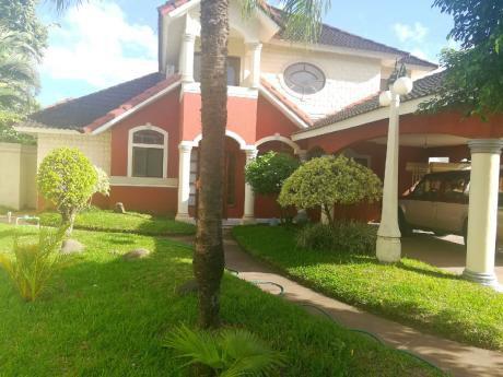 Bella Casa Amoblada En Alquiler