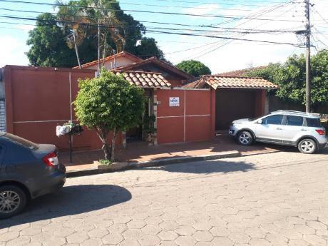 Casa En Venta En Barrio Petrolero Sur