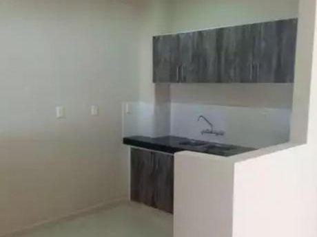 Alquilo Duplex En El Barrio San José!!