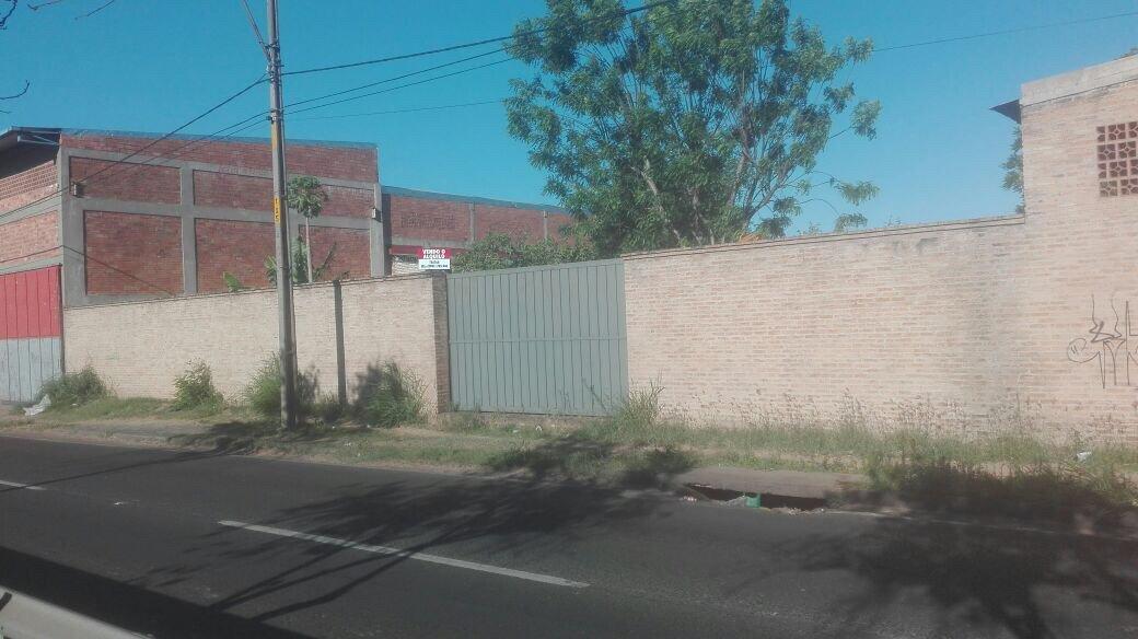 Terreno Especial Para Edificio Barrio Jara De Oferta 2400 Metros2