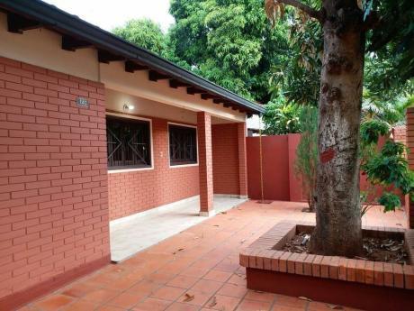 Vendo Casa En Buen Estado En Luque !! Zona De Las Residentas!!