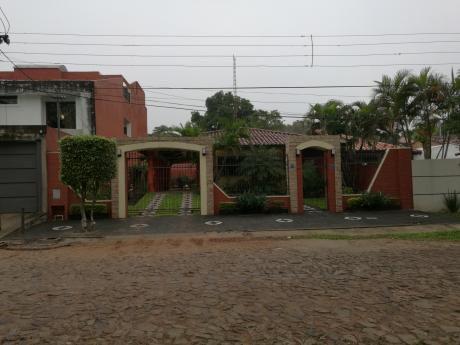 Hermosa Casa En Lambaré - Zona Aso Del Mec