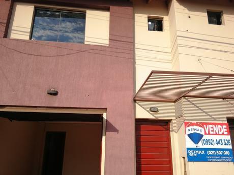 Oferta! Duplex A 1 Cuadra De Gral. Aquino, Zona Conmebol Y Hotel Bourbon.