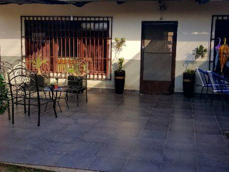 Casa Amplia 4to Anillo Guaracachi