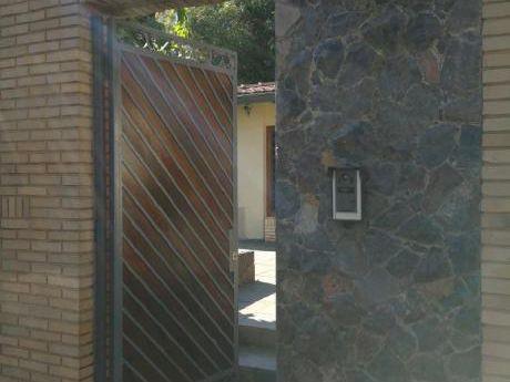 Residencia Amoblada Y Equipada En Venta O Alquiler En B°jara