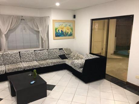 Alquilo Casa En Pleno Villa Mirra