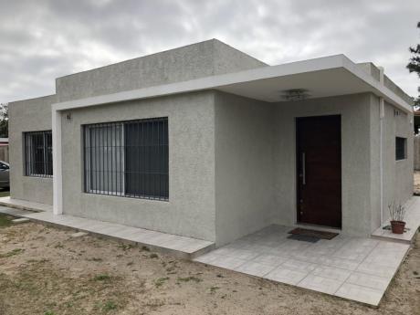 Espectacular Casa En Parque Del Plata Totalmente Equipada