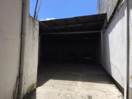 Alquiler  La Blanqueada- Ideal Estacionamiento, Taller Etc!