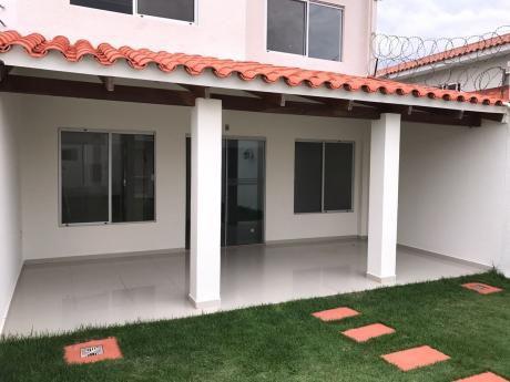 *hermosa Casa De 2 Plantas En Anticretico 60.000 $ Zona Norte  Dentro De Condominio, Banzer 7mo Anillo