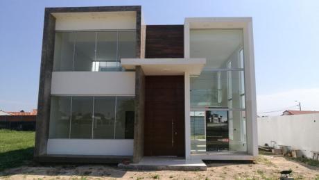 Casa A Estrenar De Dos Plantas