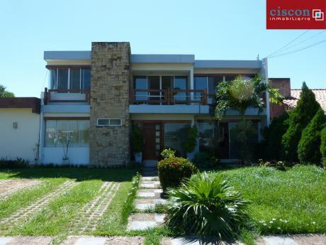 Casa En Venta - Santa Cruz