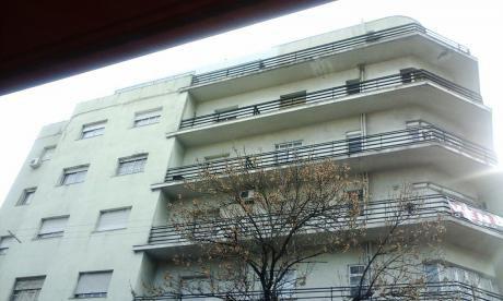 Venta Apartamentos 3 Dormitorios En Centro Con Garaje