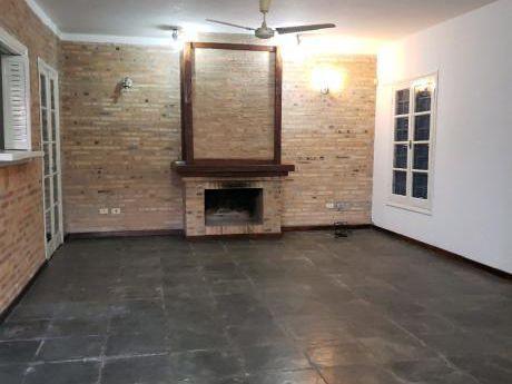 Alquilo Duplex En Ycua Sati