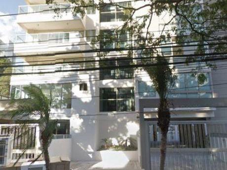 Departamento Sobre La Av San Martin