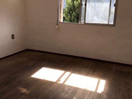 Apartamento De 1 Dormitorio En El Cerrito De La Victoria!