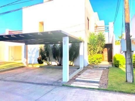 Hermosa Casa En Venta!!!!