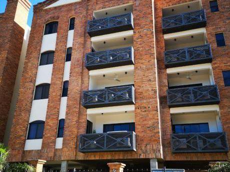 Alquilo Departamento Zona Colegio Goethe